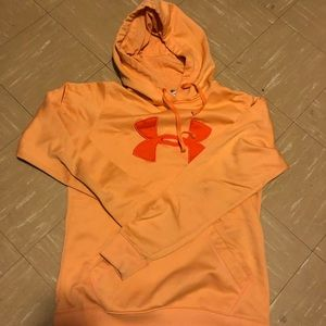 Women's Under armor hoodie size medium